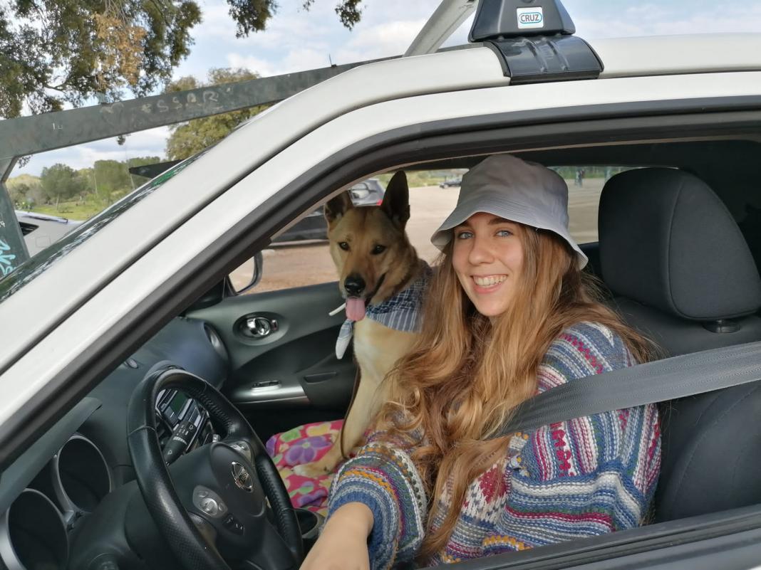 Julia y Balderr, del refugio canino al hogar